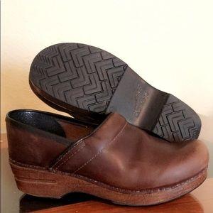Brown leather danskos sz 38